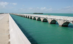 seven-mile-bridge-to-key-west.jpg